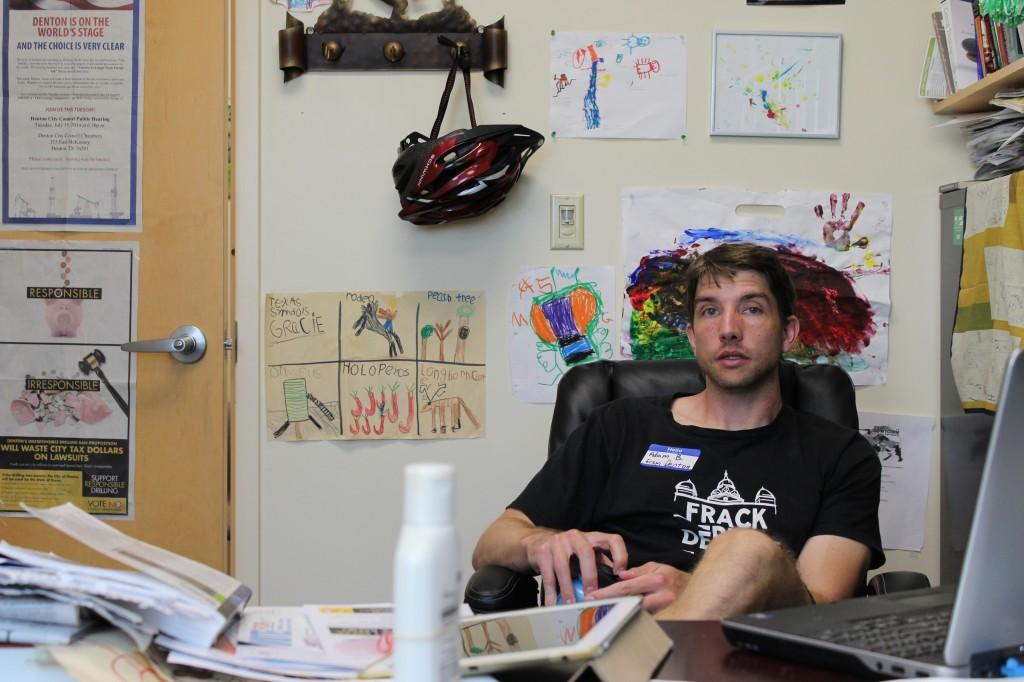 Adam Briggle, ledare för Frack Free Denton